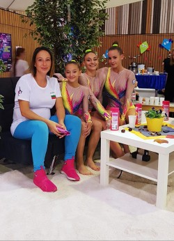 akrobatika_Violeta_devojki_Majnc18