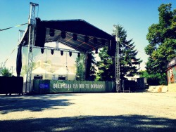 Festival_100V_Sl